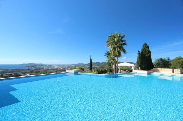 Ultra Luxury 6 Bedroom Villa in Jesus near Ibiza