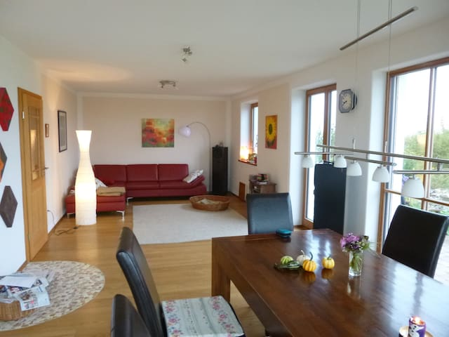 Spacious, silent land-house with phantastic view - Sachsenkam - Rumah