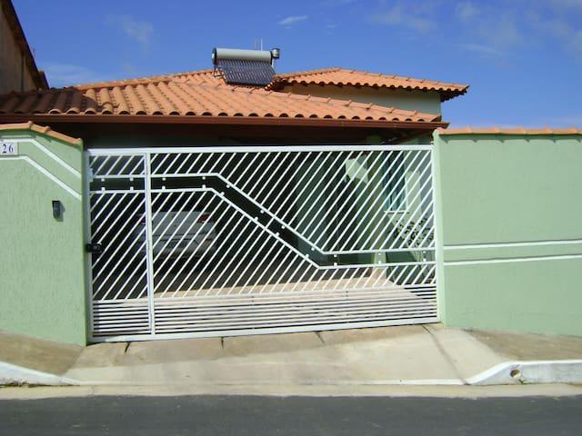 Casa de temporada em Carrancas - MG - Carrancas - Dům
