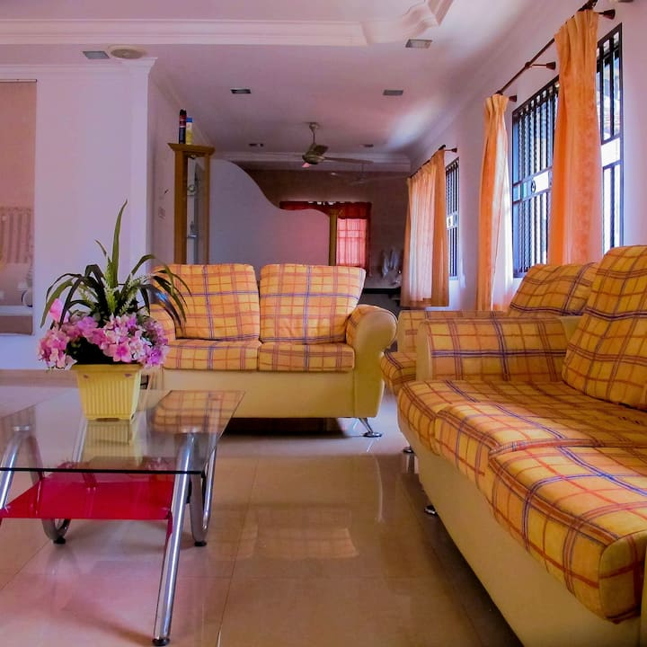 ♥RelaX HomeStay♥ (NEAR TO TOWN)