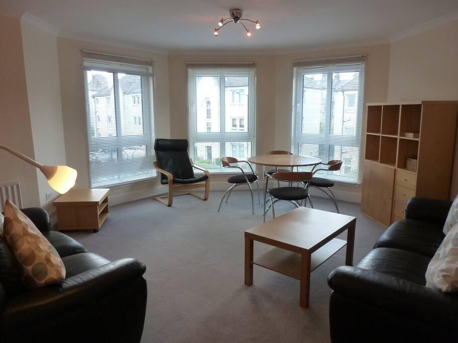 Central Mod 2bd 2bath Warm Parking Apartments For Rent In Edinburgh Midlothian United Kingdom