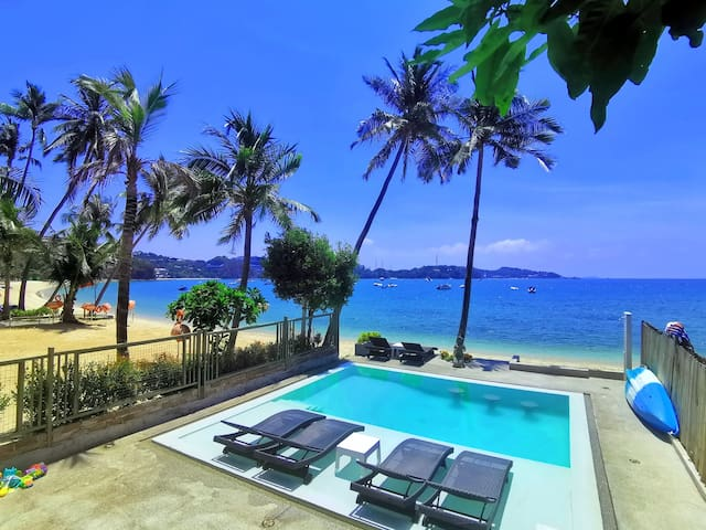 Beachfront studio in Private Villa w/Infinity Pool