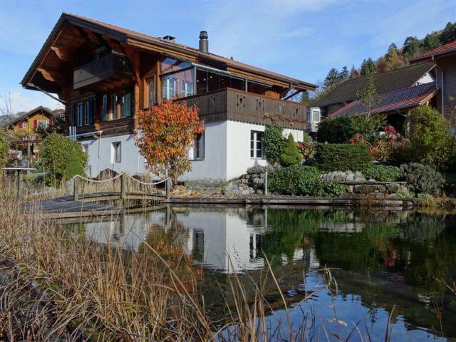 Chalet-Dachwohnung Bergblick&Balkon - Gsteigwiler