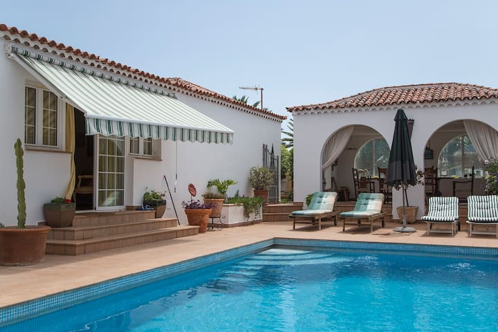 Villa with pool in golf course - Amarilla Golf, San Miguel de Abona, Tenerife - Casa