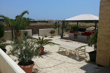 Luxury Holiday beach House 3bed  - Mandria - Hus