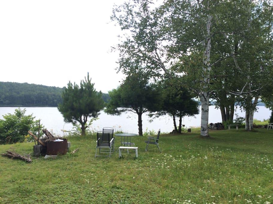 Camping et beaut de la riviere tentes louer for Camping a quebec avec piscine