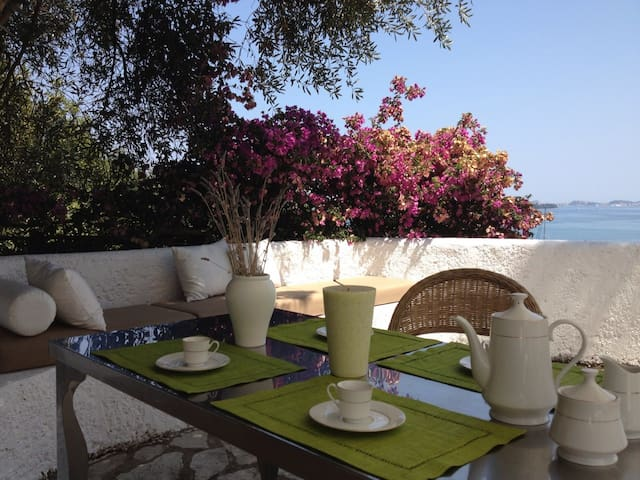 Corfu, Kommeno, Gouvia Apt. Antille - Kerkira - Apartamento