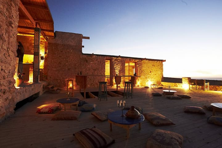 """Tent """"Tigmi"""" @ Ecolodge L'Ane Vert - Tafedna, Maroc - Casa-Terra"""