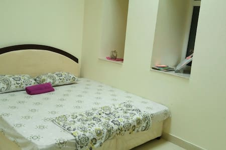 Comfortable room at prime location! - Muscat - 아파트