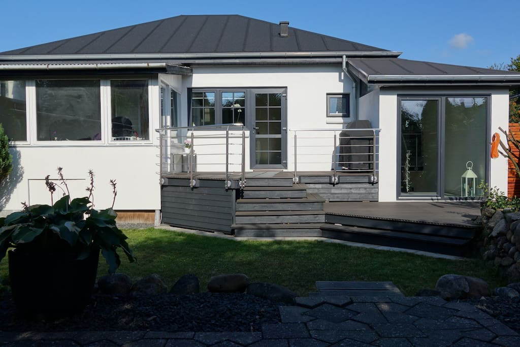 charmerende totalrenoveret bungalow h user zur miete in holstebro d nemark. Black Bedroom Furniture Sets. Home Design Ideas