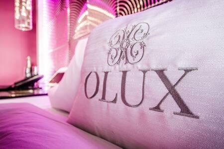 OLUX HOTEL MOTEL SUTES ( PREMIUM - NON SMOKING ) - Laval - Bed & Breakfast