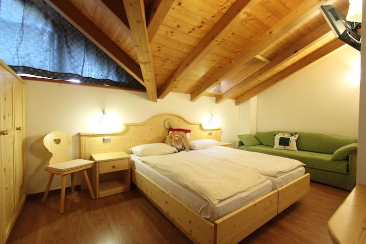 Camera di Montagna - Castello di Fiemme - Bed & Breakfast