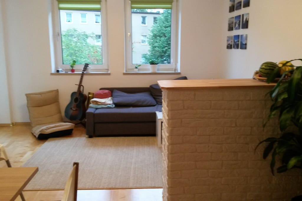 ruhige wohnung in m nchen flats for rent in munich bayern germany. Black Bedroom Furniture Sets. Home Design Ideas