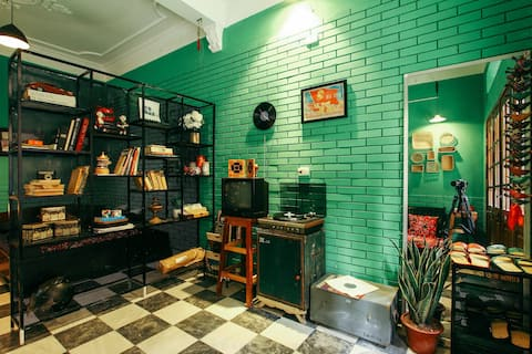 HANOI OLD STYLE studio★ local streetfood quarter