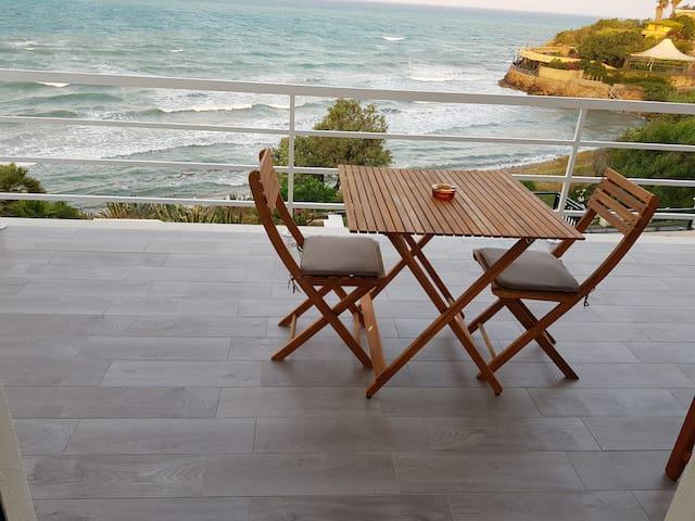 Splendida posizione sul mare incontaminato