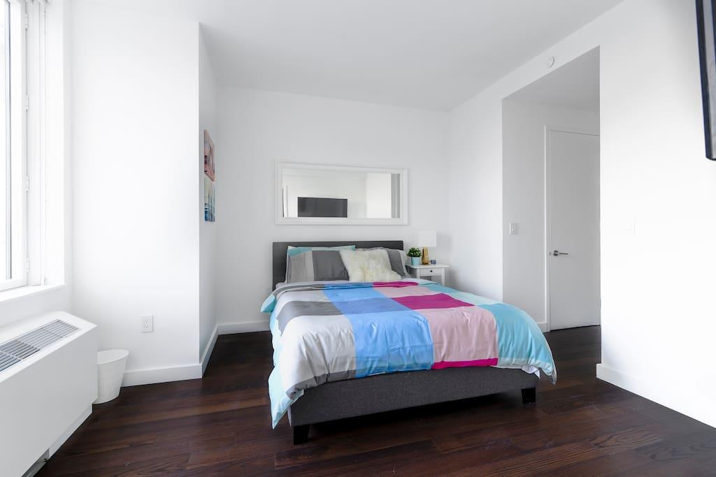 Master Bedroom with ensuite bathroom Habitación con baño propio