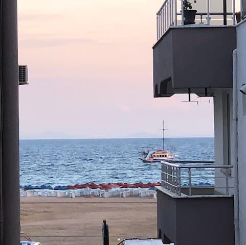 Deniz Manzaralı Lüks Daire Ayvalık Sarımsaklı