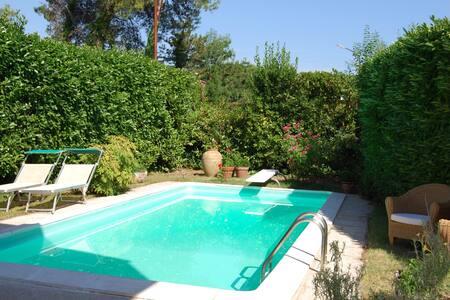 Villa charme con giardino e piscina - Pesaro  - Bed & Breakfast