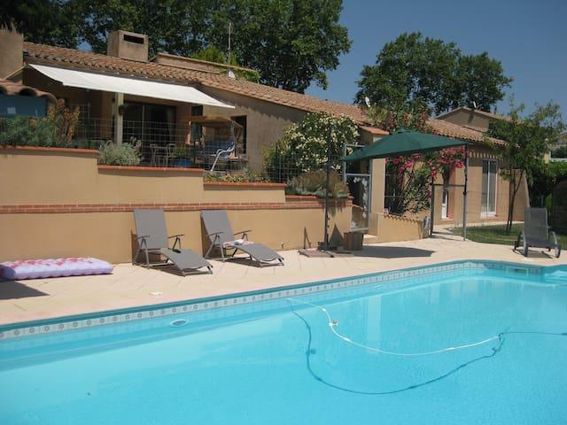 Maison de caractère avec piscine - Belvèze-du-Razès - Casa