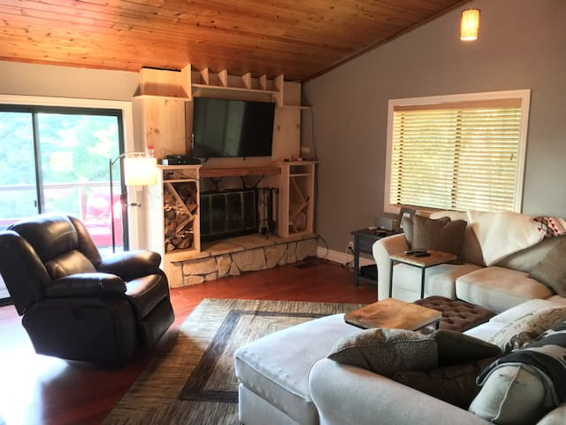 Arrowhead Villas 2 Bedroom Tall Trees Escape