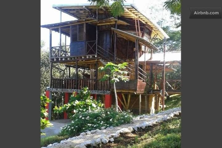 Costa Rican Treehouse-7min to Beach
