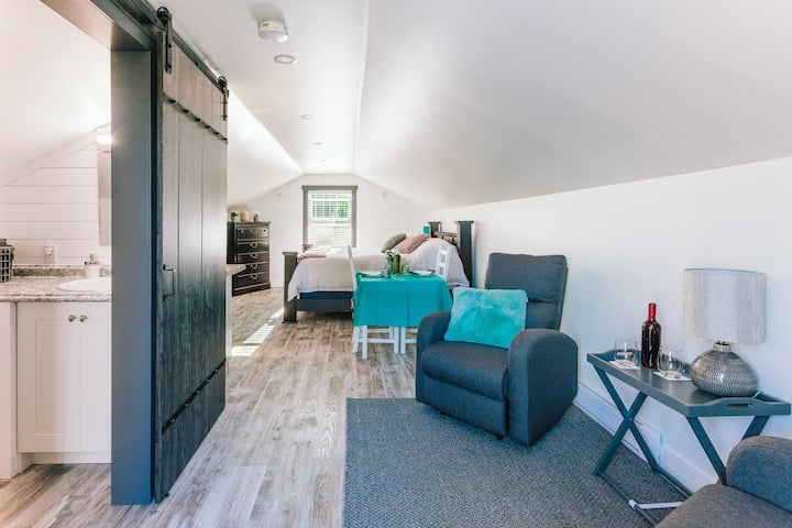 Cozy Garden Studio  Clean and Private