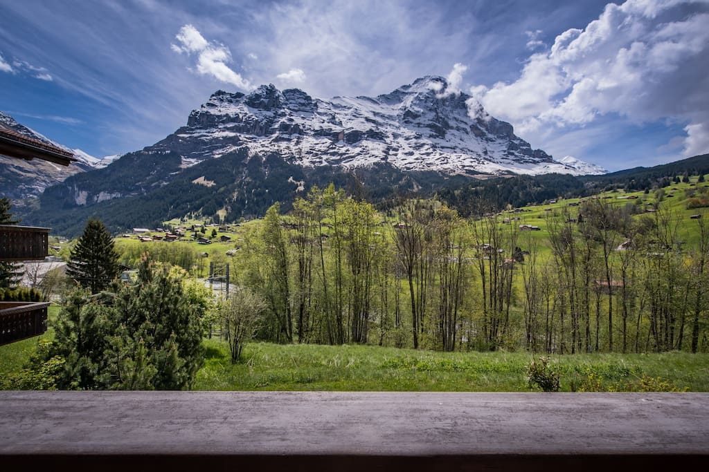 The Eiger lies at your feet