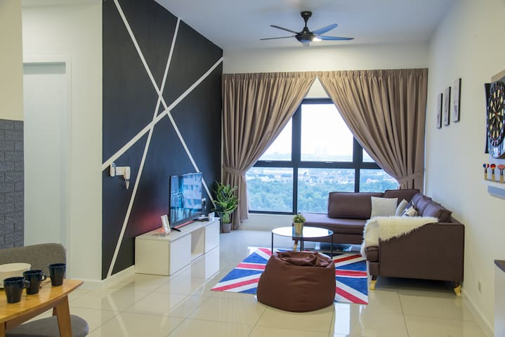 BLISS COSY HOMESTAY~3BDR~8PAX~PUCHONG~KL~SUNWAY