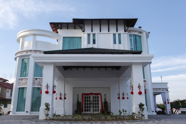 Luxury & Relax place at Casa Bianca - Kluang - Szoba reggelivel