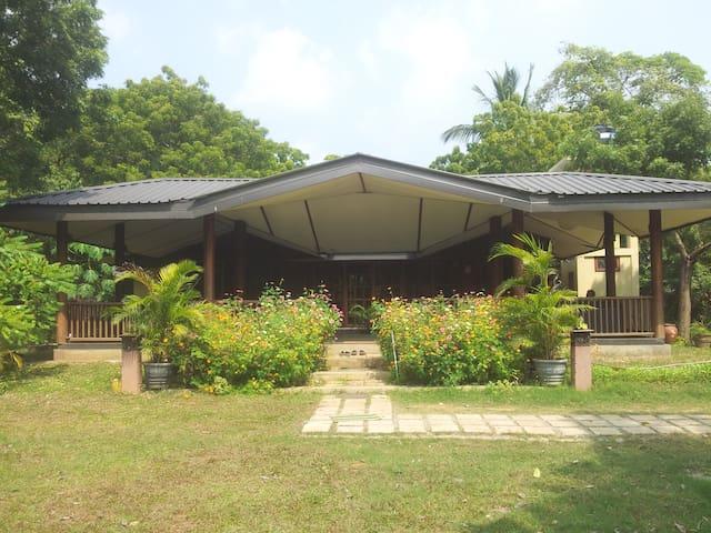 Nallur Villa