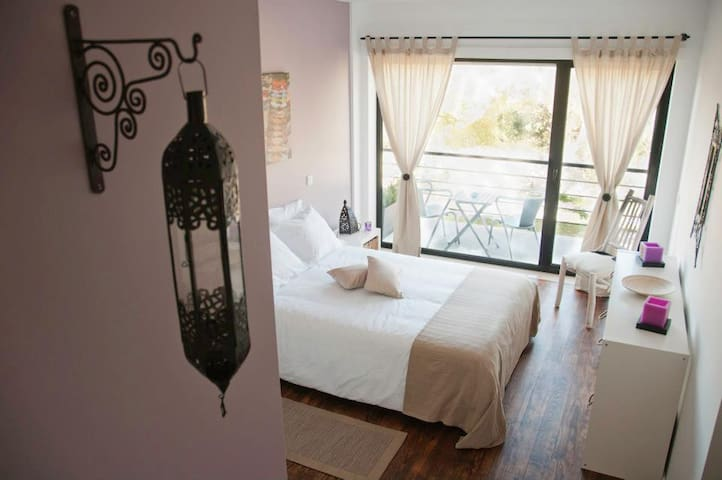 Casa Boho Guest house - Alvados - Bed & Breakfast