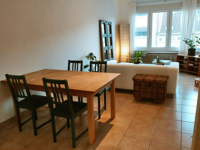 Convenient apartment in European Quarter
