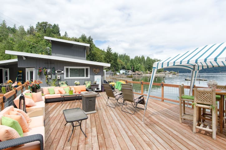 Hood canal  waterfront home. - Union - Casa