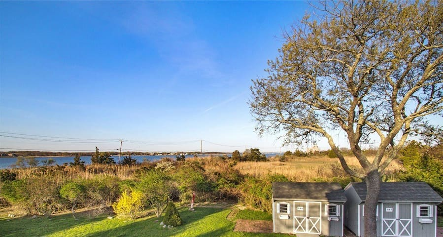 Bay front house - lots of space! - East Moriches - Casa