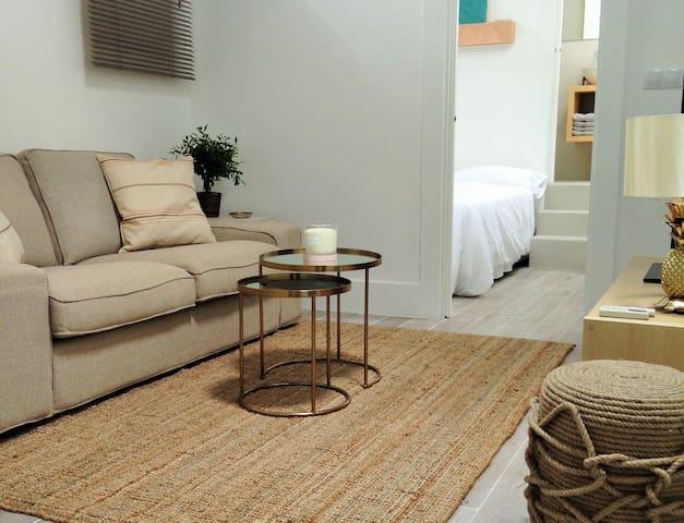 Íntimo apartamento en el centro.