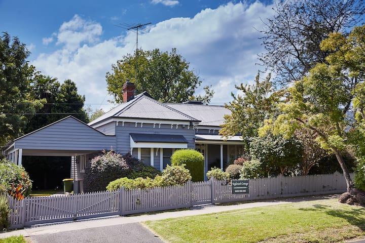 Inglenook Cottage Healesville