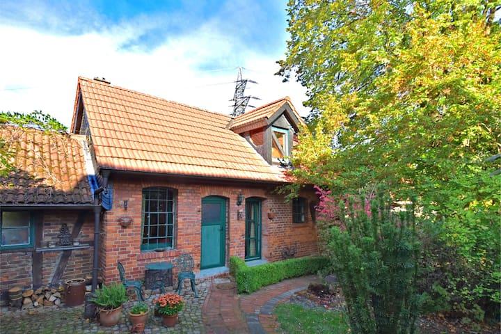 Stijlvolle cottage in Weserbergland met een houtkachel
