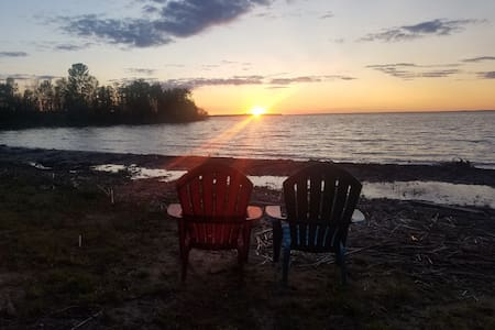 3br+ waterfront home on St. Mary's river/Raber bay
