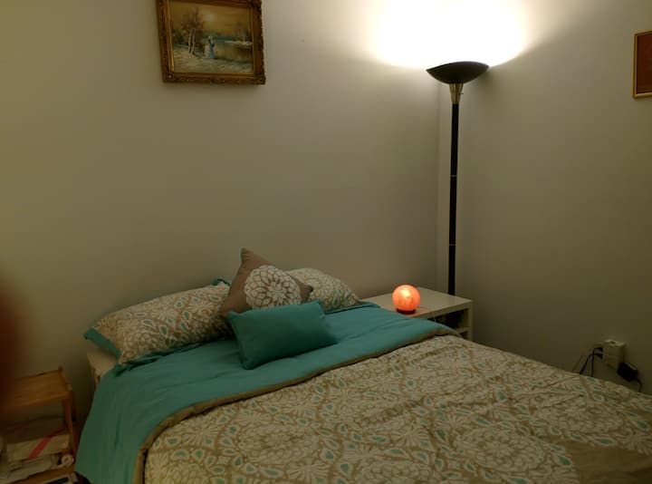Cozy, clean, private room in a peaceful condo