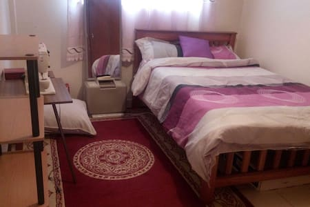 Cozy room in a secure location - Nairobi