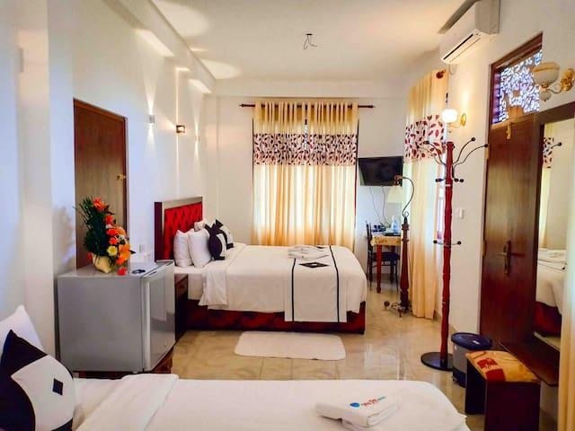 Othashy Air Port Hotel Deluxe Family Room