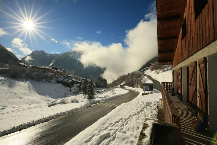 Ski in la plagne and Courchevel 2