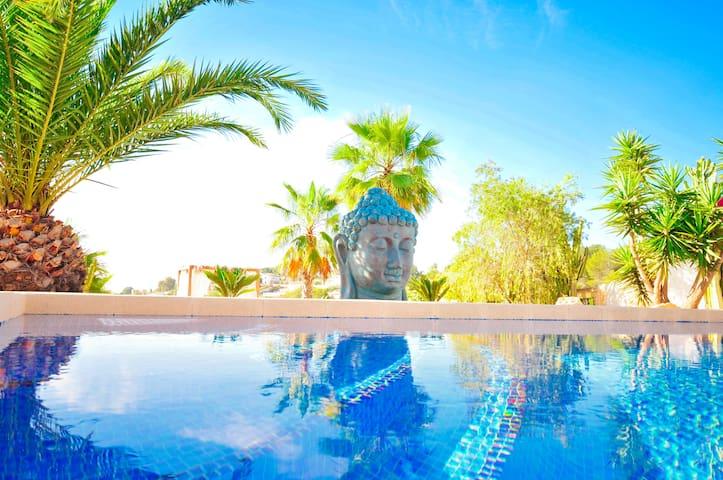 CHARME VILLA op één niveau met zeezicht en airco - Benissa - Villa