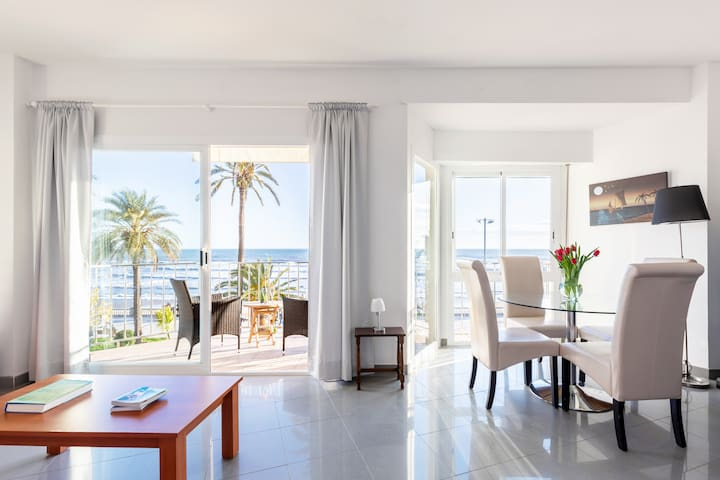 Beautiful Seafront Views