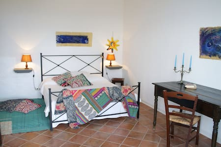 La Sciara- casa panoramica a Lipari - Липари
