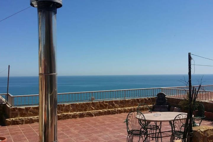 Ático Con Terraza Y Vistas A La Playa Del Dosel