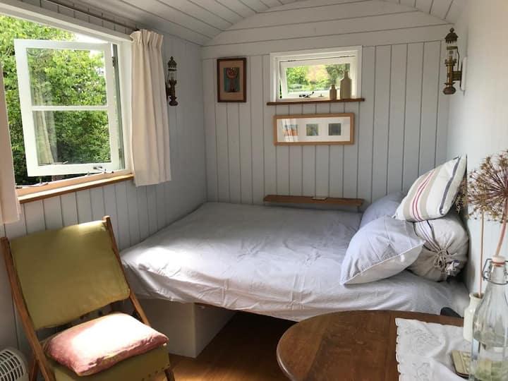 Peaceful retreat at Esme's Shepherds hut