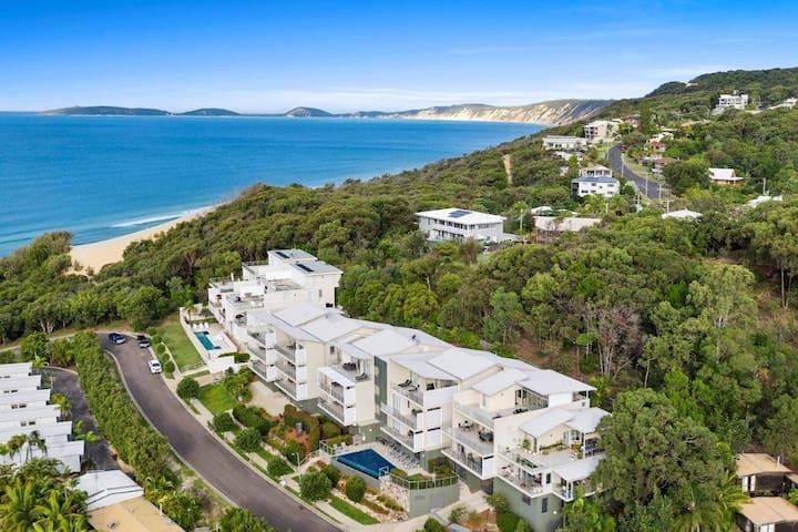 Rainbow Sea Resort - Luxury Ocean View Apartments
