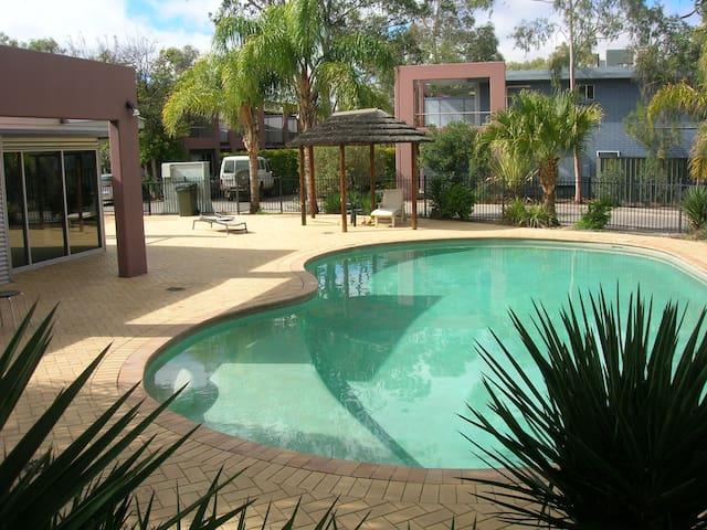 Perentie Apartment - Central Australian escape