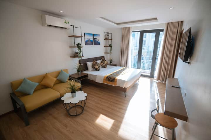 Queen Suite in Monbay luxury Urban area / Bãi Cháy